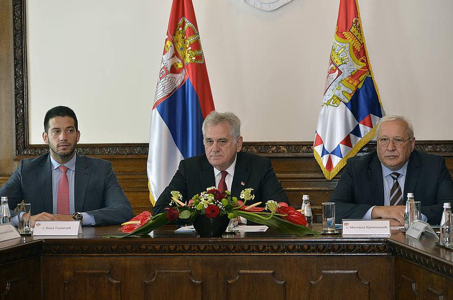 szerbiaelnok