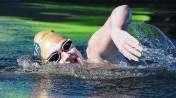 Elsőként úszta át négyszer egyfolytában a La Manche-csatornát egy amerikai nő