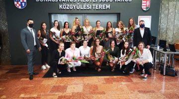 Elismerésben részesültek a Dunaújváros pólósai