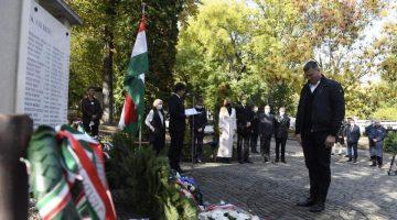 Vízilabdázókra is emlékeztek – Halottak napi megemlékezést tartott a MOB
